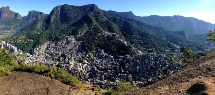 View of the Rocinha from the Dois Irmaos trail