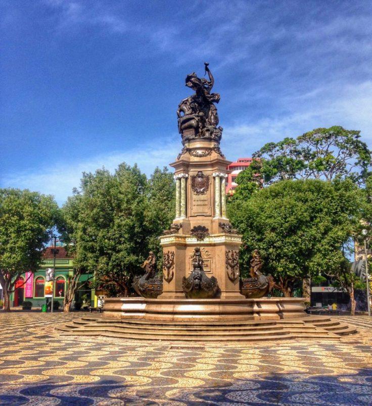 Manaus sculpture