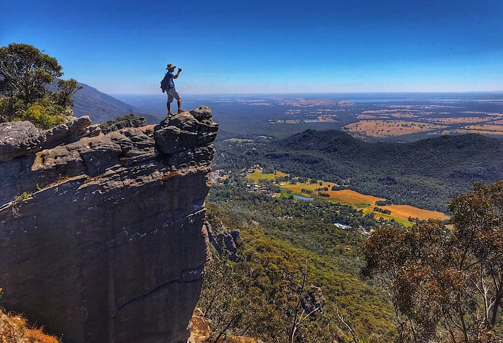 Trin standing on the ledge near Pinnacle Peak in the Grampians
