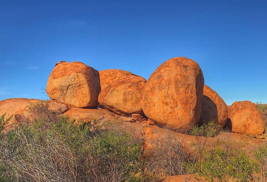 Large round rocks found in Devils Marbles National Park