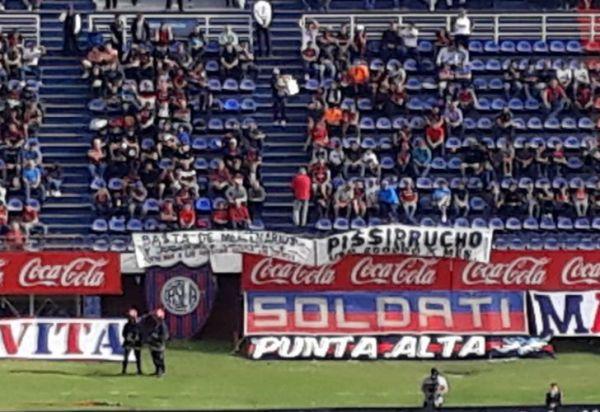 San Lorenzo volvió a perder y los hinchas explotaron contra todos