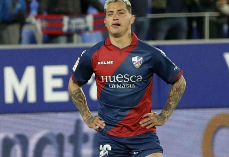 'Chimy' Ávila, posible sustituto de Suárez, elogia al