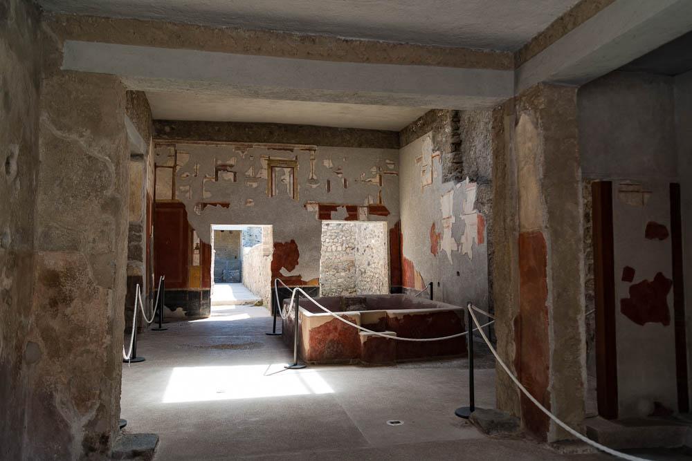 Following the sky Italy Pompeii travel-5