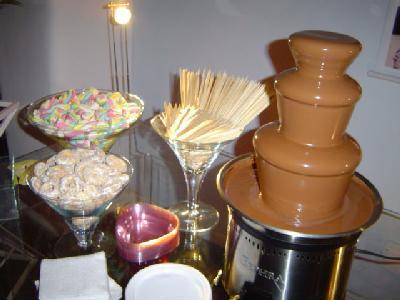 Cascata de chocolate  Classificados Brasil