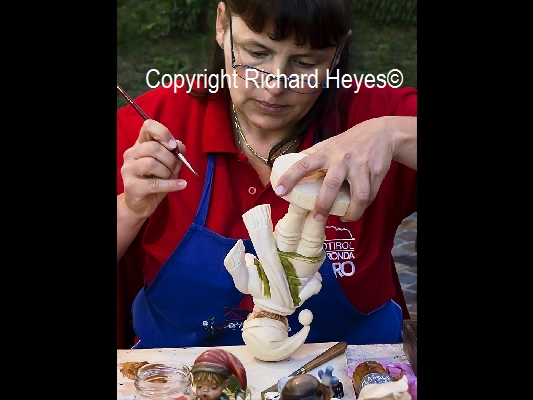 Figurine Artist Richard Heyes