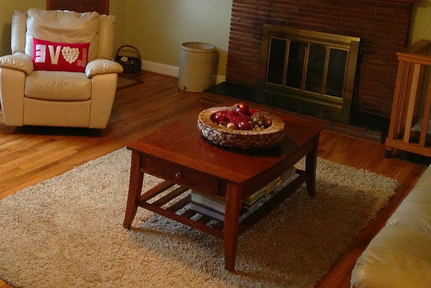Place Rugs Or Carpet On The Floor And Avoid Heat Loss | Cold Weather Hacks To Keep You Cozy This Winter