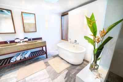 bathroom-3-bedroom