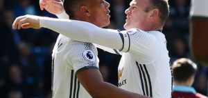 Manchester-Uniteds-Anthony-Martial-celebrates-with-Wayne-Rooney-after-scoring-their-first-goal-720x340-300x142 News Recent Posts Sports Vídeos