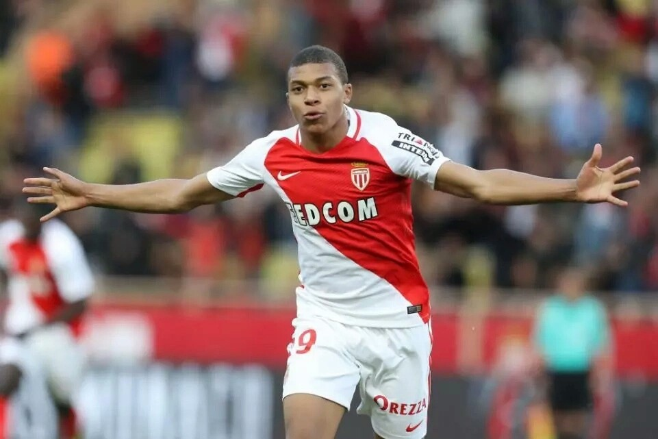 Real Madrid Agree £160m Deal For Monaco Forward Kylian Mbappe