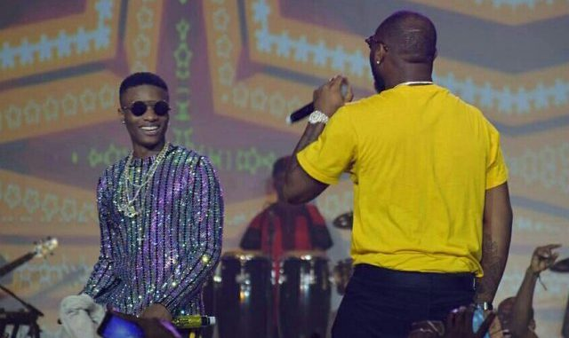 "VIDEO: Wizkid & Davido Performs ""Fia"" Together On Stage At #WizkidTheConcert"