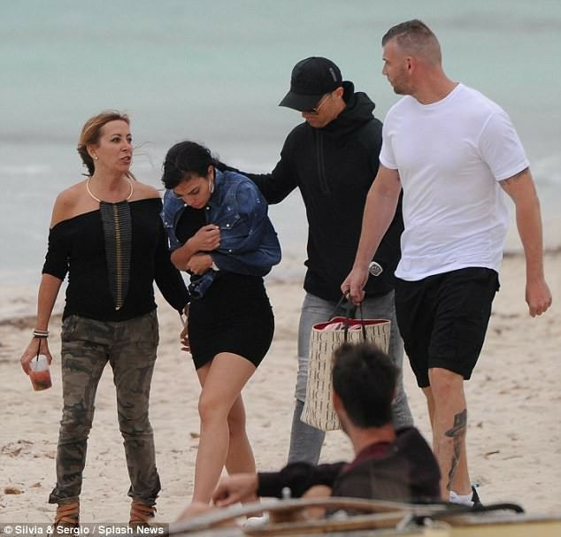IMG_20180514_143320_153 Entertainment Gists Foreign General News Lifestyle & Fashion News Photos Relationships
