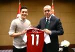 Mesut Ozil Says Not Having Picture With Turkish President Would Be Disrespectful