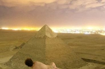 Danish photographer sparks?outrage in Egypt after photos of him having sex on?the Great Pyramid of Giza circulated on social media (18+)