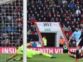 Riyad Mahrez scores for Man City against Bournemouth