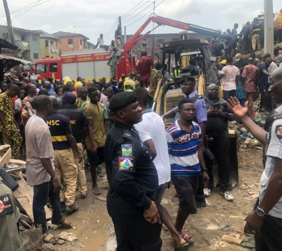 Lagos State government begins manual demolition of marked buildings (video)