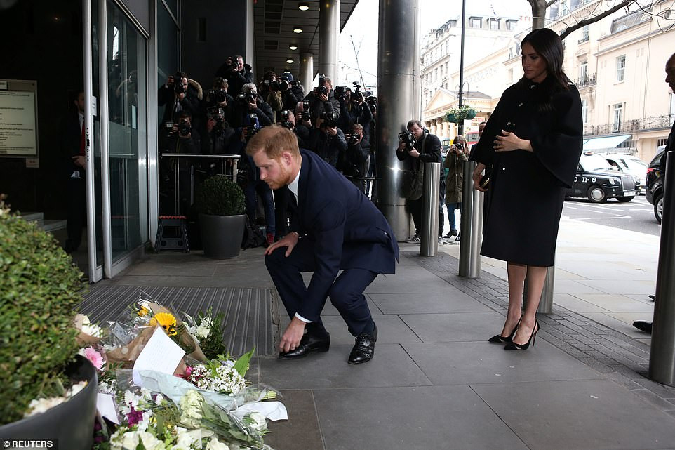 Prince Harry and Meghan Markle visit New Zealand House in London to sign condolence book following Christchurch massacre