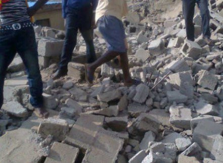 Breaking: Another building collapses in Lagos Island
