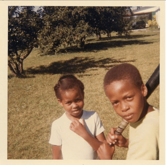 Michelle Obama shares childhood photo with her older brother as she celebrates National Siblings Day
