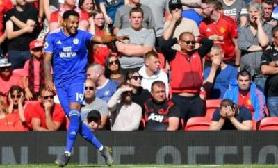 Nathaniel Mendez-Laing celebrates a goal