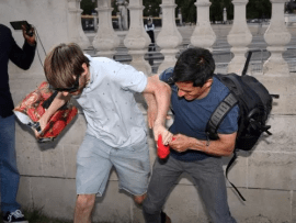 Fight breaks out near Buckingham Palace as Brits protest Donald Trump