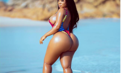 Ghanaian curvaceous actress, Moesha Buduong puts her enormous backside on display