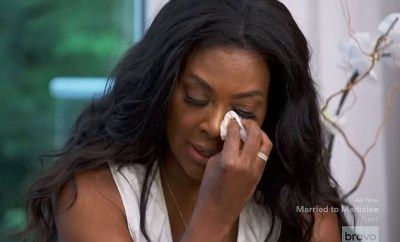 Kenya Moore breaks down in tears as she discusses the nasty fights that led to her marriage breakdown (Video)