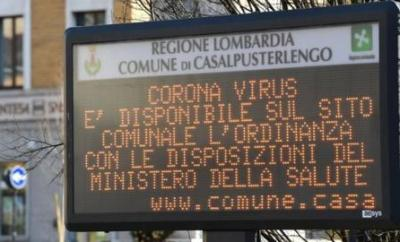 An Italian municipal information sign urging residents to read Ministry of Health advice regarding coronavirus