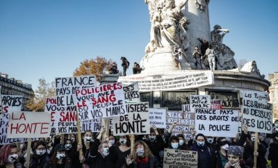 Protesters rally in Paris, France. Photo: 28 November 2020