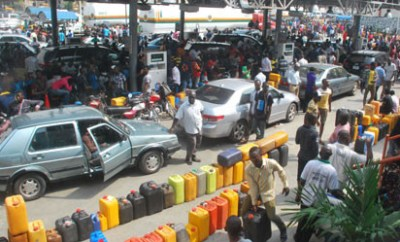 FG reduces fuel price to N162.44 per litre