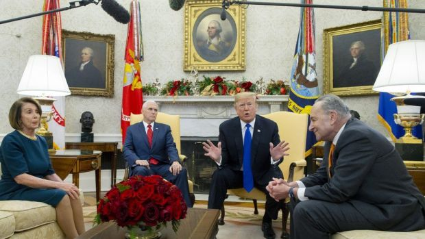 Trump in his office with Pence, Pelosi and Schumer on 11 December 2018