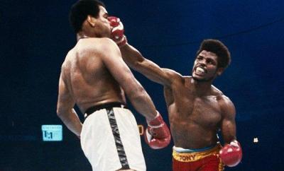 Leon Spinks against Muhammad Ali in 1978