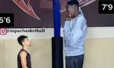 Nigerian basketball player who is 7
