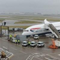 British Airways Plane Collapses On The Tarmac At Heathrow Airport [Photos]