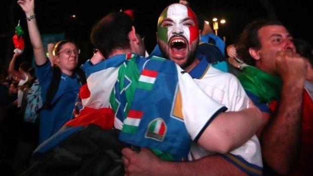 Italian football fans celebrate in Rome. Photo: 11 July 2021