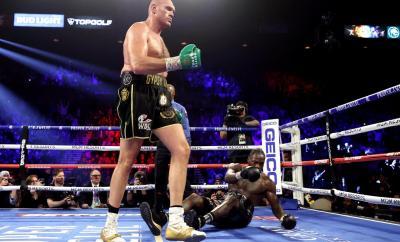 Tyson Fury vs Deontay Wilder trilogy fight rearranged for October 9