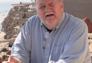 Thomas Markle promises to take Meghan Markle to court so he can meet his grandkids (video)