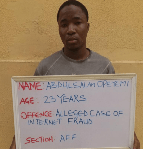 Undergraduate bags one year in prison for impersonating US military officer