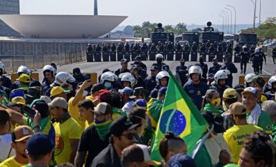 Supporters of Brazilian President Jair Bolsonaro try to reach the Supreme Court, amidst Brazil's Independence Day, in Brasilia on September 7, 2021
