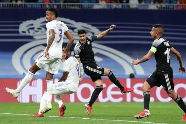 Jasurbek Yakhshiboev scores for Sheriff against Real Madrid