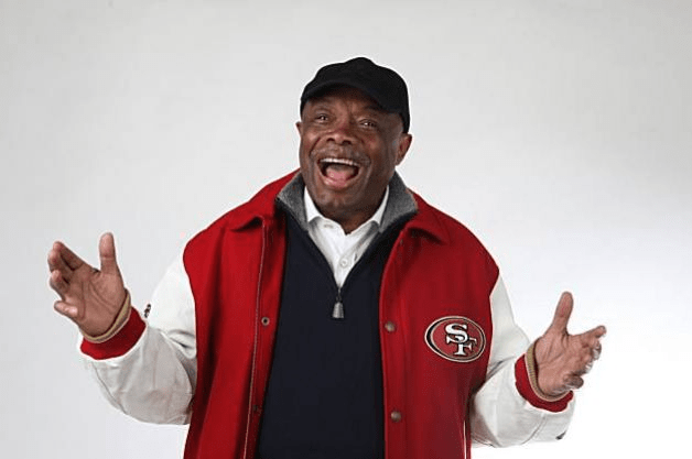This picture of Willie Brown appears on his Chronicle column -- while the paper is slamming him in an editorial.