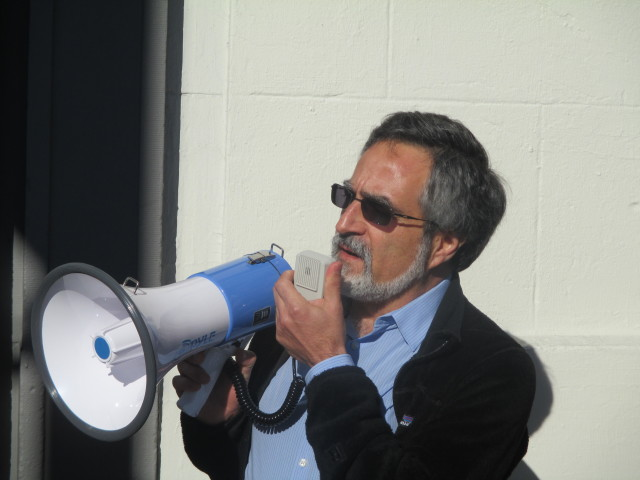 Aaron Peskin, before he returned to the board and changed the balance of power, spoke out against Airbnb