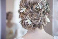 5 Unique Wedding Accessories for a Summer Wedding - The ...