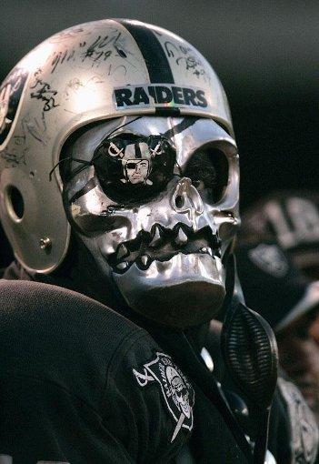 Oakland Raiders fan