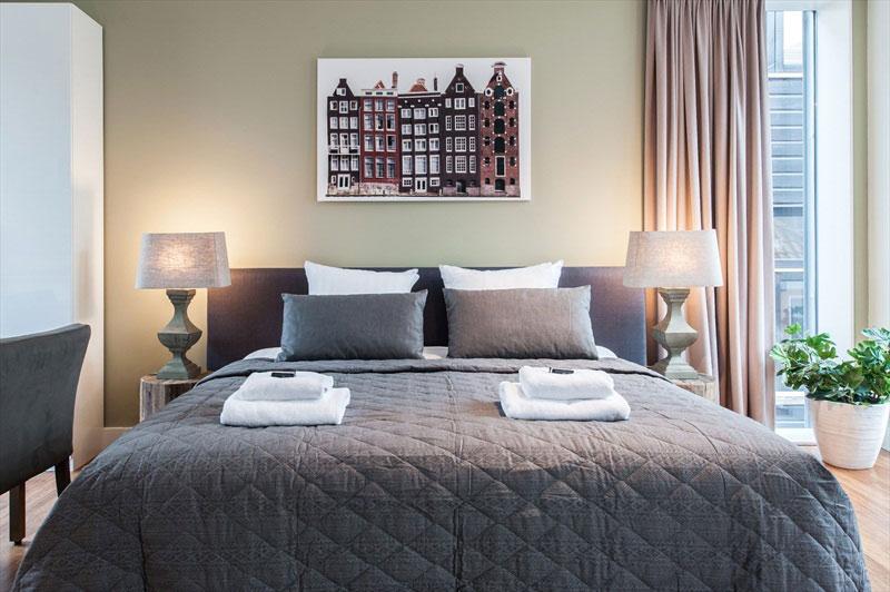 Elegant Small Studio Apartment Design in Amsterdam