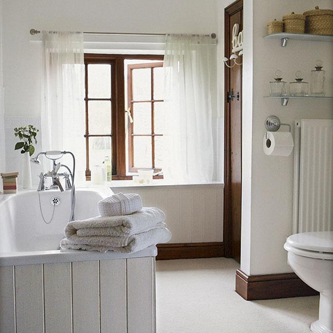 30 Elegant and Small Classic Bathroom Design Ideas