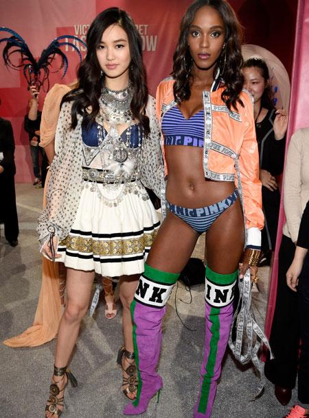 fashion-show-backstage-2017-lais-fantasy-bra-adriana-alessandra-balmain-victorias-secret 4chion lifestyle t