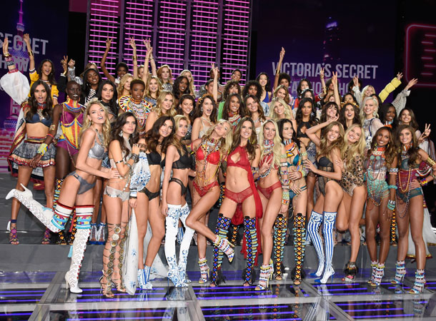 fashion-show-runway-2017-all-models-victorias-secret 4chion lifestyle