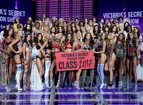 fashion-show-runway-2017-class-models-victorias-secret 4chion lifestyle
