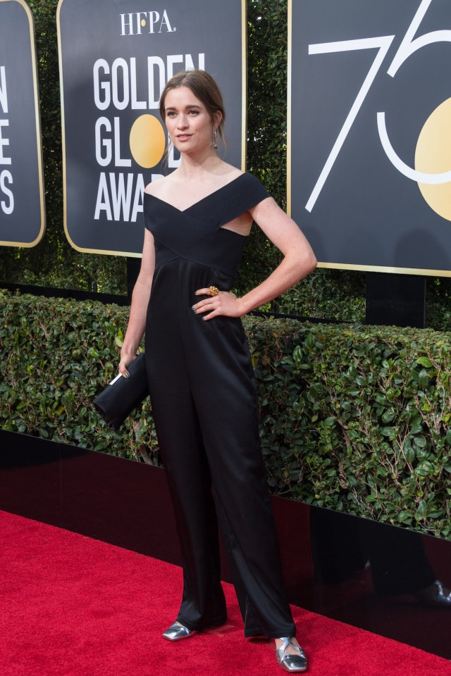 Alice Englert arrives at the 75th Annual Golden Globes Awards 4chion lifestyle