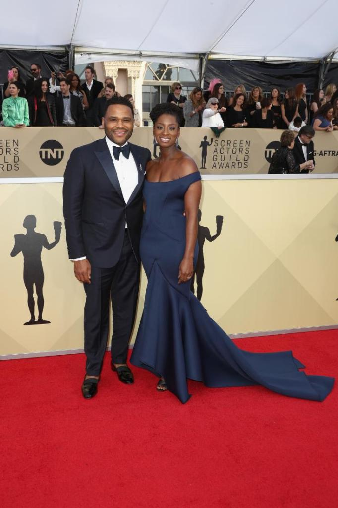 Anthony Anderson (L) and Alvina Stewart red carpet SAG Awards 4Chion Lifestyle a